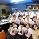 KISS-FMのスタジオで番組収録!